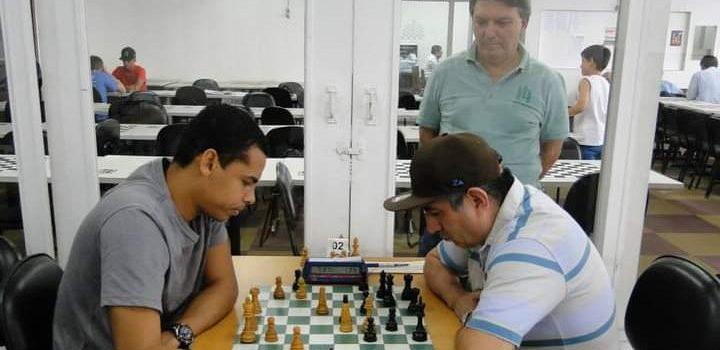 MF Edgar Rodrigues foi o grande vencedor do circuito CXSP Chess.com de maio!